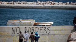 Δεν σταματούν οι προσφυγικές ροές. Εκατοντάδες φτάνουν στο Β. Αιγαίο ένα 24ωρο πριν από την εφαρμογή ΕΕ-