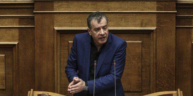 Θεοδωράκης: Εταιρία πήρε 854.000 ευρώ για το Hot Spot της Χίου και τα έργα τα έκαναν