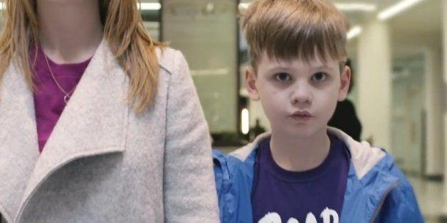 Πώς είναι να έχεις αυτισμό; Ένα συγκλονιστικό βίντεο που θα σας κάνει να