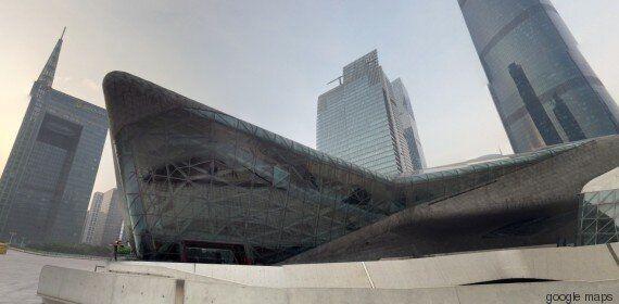 Κάντε μια βόλτα σε μερικά από τα πιο διάσημα κτίρια της Zaha Hadid από τον καναπέ του σπιτιού