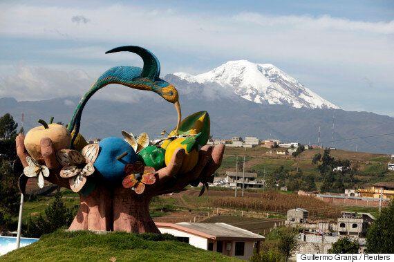 Στον Ισημερινό το πιο ψηλό βουνό του