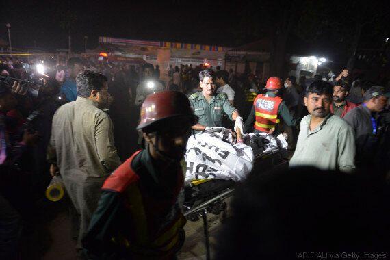 Πολύνεκρη βομβιστική επίθεση σε πάρκο στη Λαχόρη του Πακιστάν. Η πλειοψηφία των νεκρών γυναίκες και