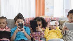 Τι συμβαίνει στον εγκέφαλό σας όταν ασχολείστε συνέχεια με το κινητό