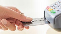 Τέρμα στις επιβαρύνσεις για πληρωμές με κάρτες. Τι αναφέρει απόφαση του Συνηγόρου του