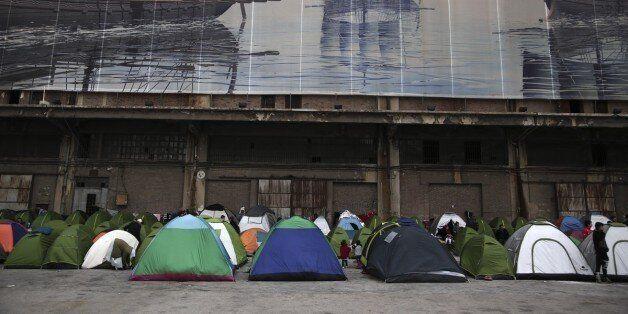 Περισσότεροι από 4.500 οι μετανάστες στο λιμάνι του