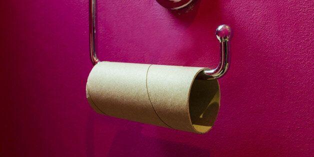 Γιατί οι φτωχοί ξοδεύουν περισσότερα χρήματα για χαρτί τουαλέτας από τους