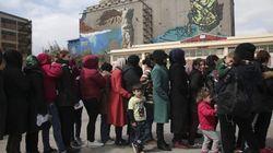 Δύο πλοία με 2.000 μετανάστες και πρόσφυγες σε Ελευσίνα και