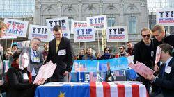 Independent: Η TTIP θα επιτρέπει στις ΗΠΑ να αλλάζουν τους ευρωπαϊκούς κανονισμούς