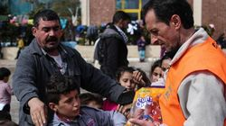 Συγκέντρωση ειδών ανάγκης για τους πρόσφυγες στο Σύνταγμα την