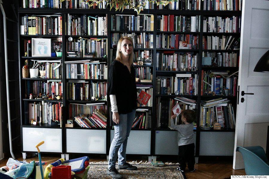 Γιατί η μητρότητα στην Ελλάδα είναι το πιο δύσκολο