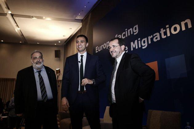 Ξενοφοβία και λαϊκισμός απειλούν την ΕΕ, προειδοποιεί ο Αβραμοπουλος παραμονές της κρίσιμης Συνόδου