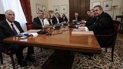 Οι ανθρώπινοι διάλογοι των πολιτικών αρχηγών πίσω από τις κλειστές πόρτες του Προεδρικού