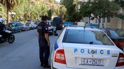 Έμπορος όπλων έδινε πλαστά δικαιολογητικά για να παίρνουν άδειες οπλοφορίας