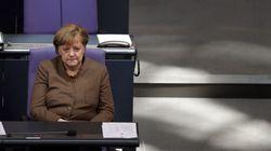 Μέτρα που θέτουν σκληρότερες προϋποθέσεις για τη χορήγηση ασύλου στους πρόσφυγες ενέκρινε η