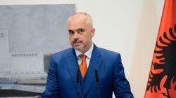 Έντι Ράμα: Δεν θα ανοίξουμε τα σύνορα της Αλβανίας, αλλά δεν θα χτίσουμε και