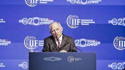 Σόιμπλε: Μόνο η Γερμανία έχει δείξει αλληλεγγύη στην