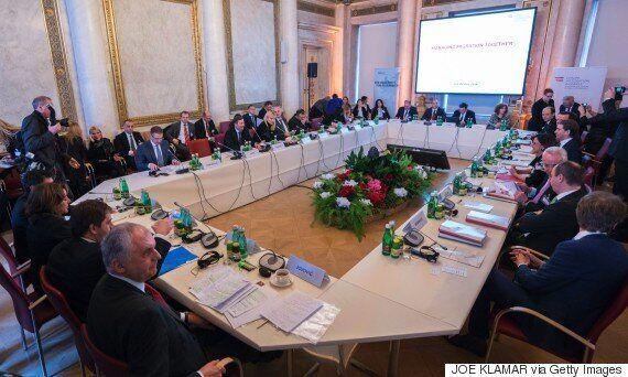 Γιούνκερ κατά Αυστρίας-Αυστρία κατά ΕΕ και Ελλάδας: Τι έγινε στη Διάσκεψη της