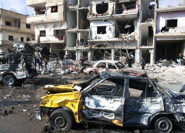 Εκατόμβη νεκρών σε Χομς και Δαμασκό έπειτα από μπαράζ βομβιστικών