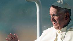 Ο Τραμπ δεν «είναι χριστιανός», κατά τον Πάπα Φραγκίσκο, όταν θέλει να υψώσει τείχη για τους