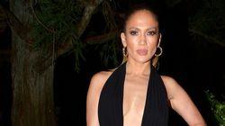Jennifer Lopez divine dans cette robe au décolleté vertigineux