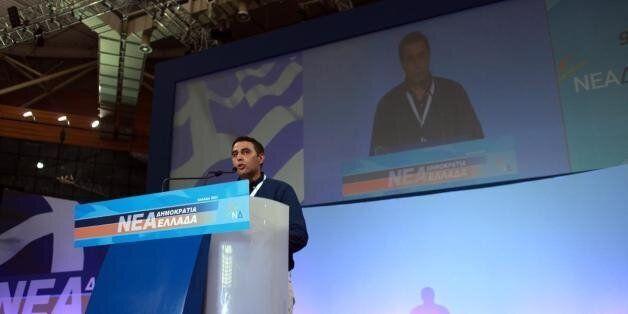 Την παραίτησή του από πρόεδρος της ΟΝΝΕΔ ανακοίνωσε ο Σάκης Ιωαννίδης με αιχμές κατά
