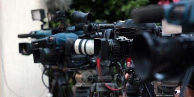 Πόλεμος ανακοινώσεων ΝΔ-Παππά για τις τηλεοπτικές άδειες με αφορμή