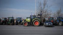 Κλιμακώνουν τις κινητοποιήσεις οι αγρότες εν αναμονή της συνάντησης με τον