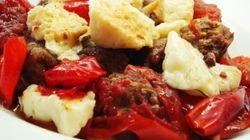 Λουκάνικο με πιπεριές, θρούμπι και αρσενικό