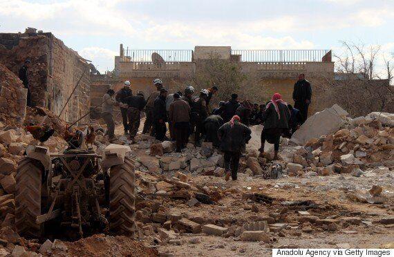 Ο λαός της Συρίας θάβεται κάτω από τις
