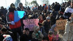 «Άνοιξε» και πάλι τα σύνορα η πΓΔΜ στην Ειδομένη για τη διέλευση προσφύγων. Στον Πειραιά 6.000 πρόσφυγες από τα