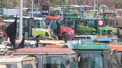 Κλιμάκωση των αγροτικών κινητοποιήσεων και 24ωρο μπλακ-άουτ στα