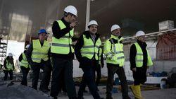Στο ίδρυμα «Σταύρος Νιάρχος» ο Τσίπρας: Ξεναγήθηκε στα έργα και τις νέες κτιριακές