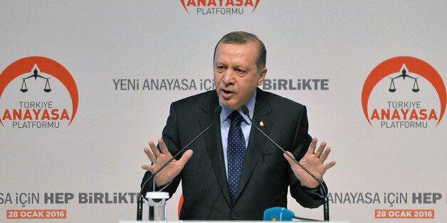 Η ιδιότυπη καμπάνια του Ερντογάν για μια «νέα