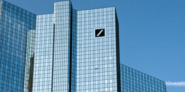 Deutsche Bank: Νέα παγκόσμια οικονομική κρίση προ των