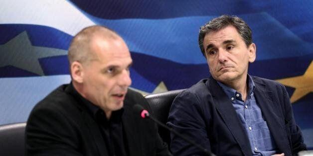 Τσακαλώτος για συνεντεύξεις Βαρουφάκη: Δεν έχω χρόνο ως υπουργός Οικονομικών να