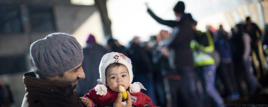Πώς και γιατί η Δανία αποφάσισε να κατάσχει χρήματα και αντικείμενα αξίας των προσφύγων και γιατί δηλώνει...