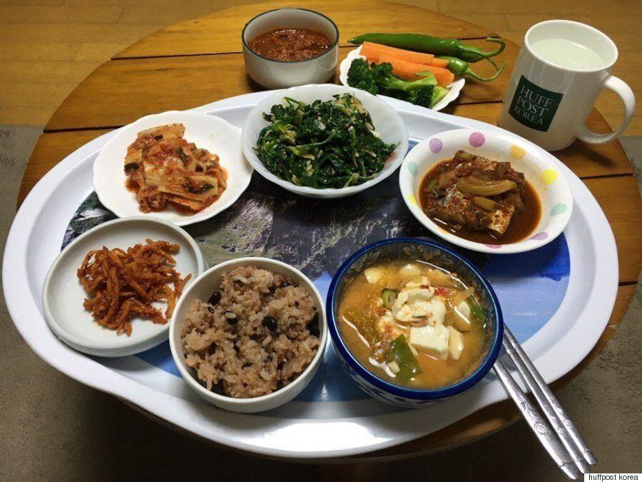 Τι τρώνε για πρωινό σε όλο τον κόσμο; Οι 14 εκδόσεις της HuffPost μοιράζονται το παραδοσιακό πρωινό της...