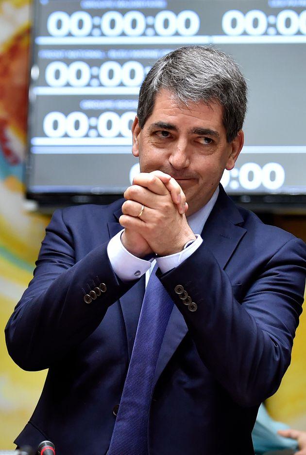 Le président de la région Grand-Est Jean Rottner va reprendre du service à l'hôpital pour faire face...