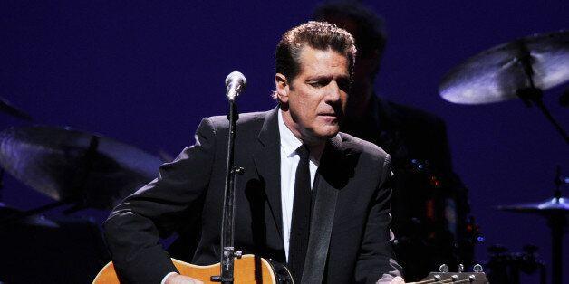 SUNRISE, FL - JANUARY 26 : Glenn Frey of the Eagles performs at the Bank Atlantic Center on January 26,...