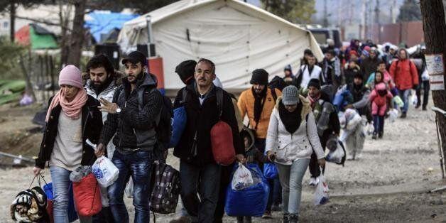 Περισσότεροι από 1.000 πρόσφυγες στον καταυλισμό της Ειδομένης. Κλειστή η ουδέτερη ζώνη Ελλάδας -