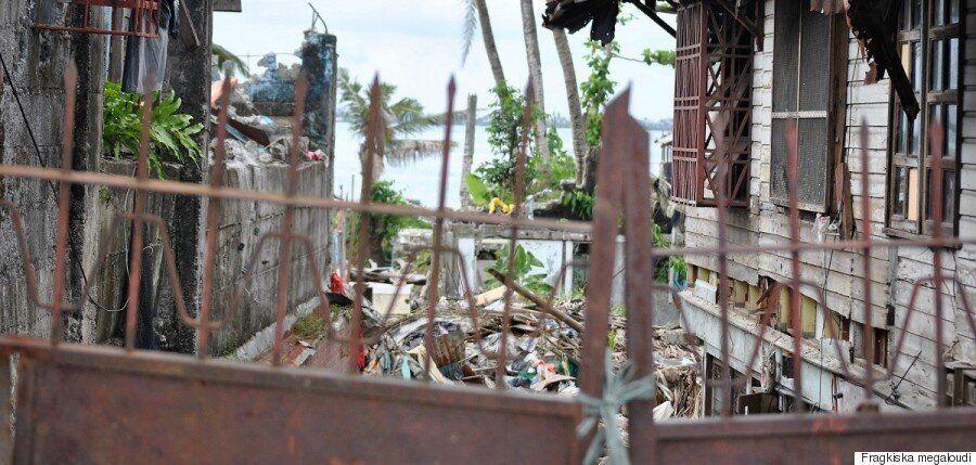 Μία συγκλονιστική ματιά στις άγνωστες Φιλιππίνες μέσα από τον φακό της Φραγκίσκας Μεγαλούδη. Ο τυφώνας,...