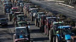 Παραμένουν στα μπλόκα οι αγρότες: Συνεδριάζουν προκειμένου να αποφασίσουν για νέες