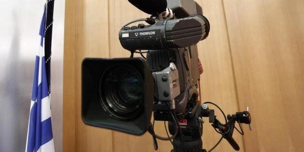 Την Παρασκευή η ψήφιση της τροπολογίας για τις τηλεοπτικές