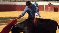 «Θύελλα» αντιδράσεων για Ισπανό ταυρομάχο που έκανε προπόνηση στην αρένα με την κόρη του στην