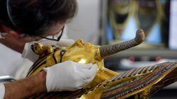 Στο εδώλιο του κατηγορουμένου οι 8 εργαζόμενοι του Αιγυπτιακού Μουσείου που έσπασαν το μούσι του