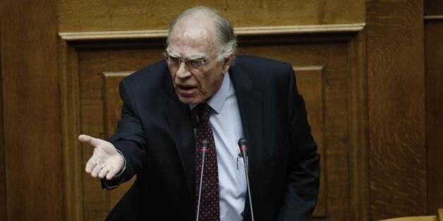 Λεβέντης: Ο Τσίπρας έγινε ΠΑΣΟΚτζής. Έχει απορροφηθεί από τη λογική του ΠΑΣΟΚ για τη διατήρηση της