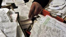 ΥΠΟΙΚ: Διευκρινίσεις για τις αποδείξεις που πρέπει να κρατούν οι