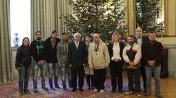 Πρωτοχρονιάτικα κάλαντα στον Παυλόπουλου από την Εθνική Ομάδα