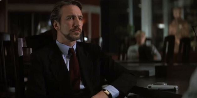 «Θα μετρήσω ως το 3. 4 δεν έχει»: Οι καλύτεροι ρόλοι του Alan Rickman ως «κακού» (ή