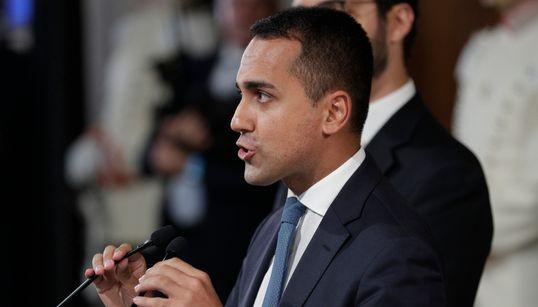 """""""NON PERMETTO A NESSUNO DI GIUDICARE L'ITALIA"""" - Di Maio risponde a Orban: non conosce il popolo italiano, parli quindi del s..."""